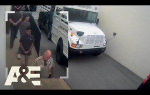 Man Escapes Courthouse In Handcuffs
